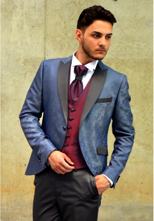 add262d53c traje-de-novio-azul-brocado-chaleco-granate-500x717 - Don Felix